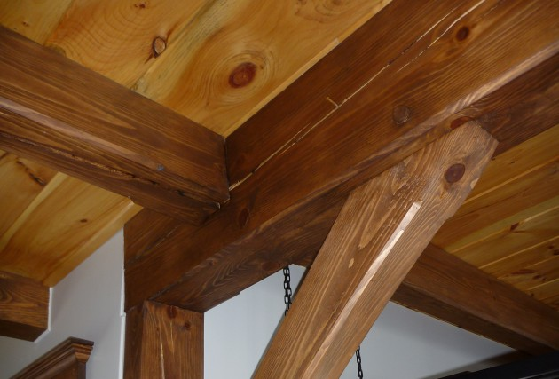 Poutres Massives / Timber Frame - McClure Construction